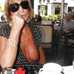 Liliane, femme mature salope cherche jeune toyboy à Nice