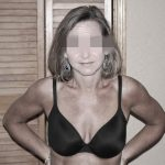 Christelle, bourgeoise infidèle ok pour plan extra-conjugal à Annecy