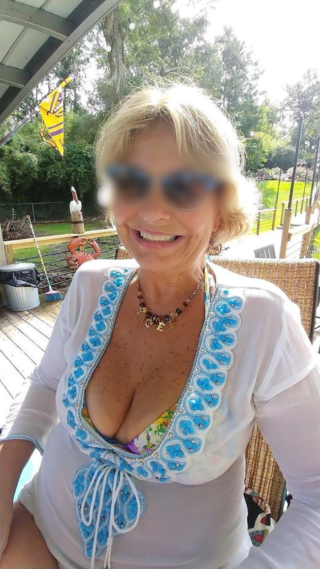 Ghislaine, mamie salope avide de sexe anal