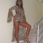 Cougar directive cherche jeune amant à Toulouse, dispo pour du sexe
